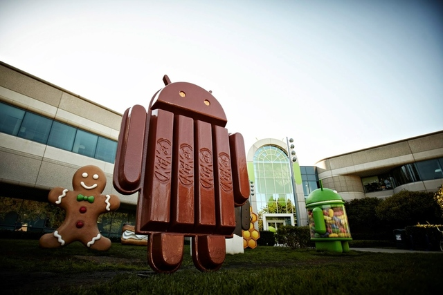 Google Announces New Android 4.4 KitKat OS and Nexus 5 Rumors
